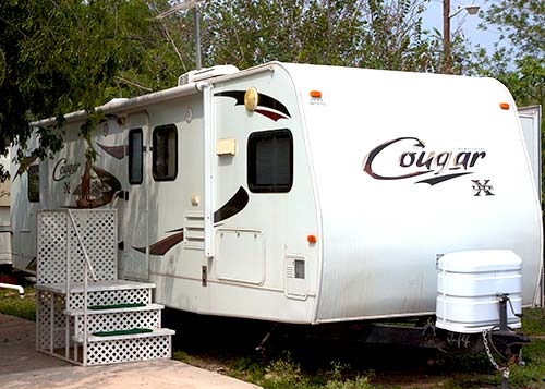 Cougar trailer for rent